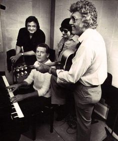 """pinkeye-private-i: """" """"Johnny Cash, Jerry Lee Lewis, Roy Orbison Carl Perkins. On the first day of the Class of session, September """" """" Johnny Cash, Johnny And June, Country Music Artists, Country Singers, Rockabilly Music, Jerry Lee Lewis, Roy Orbison, Rockn Roll, Music Icon"""