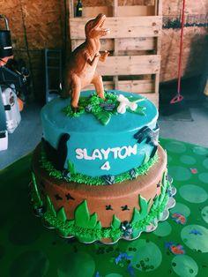 Slayton's dinosaur cake. Dinosaur Birthday Cakes, Dinosaur Cake, Desserts, Ideas, Food, Tailgate Desserts, Deserts, Meals, Dessert