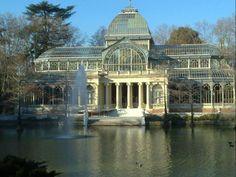 Palacio de Cristal en el Parque del Retiro de Madrid, una Belleza