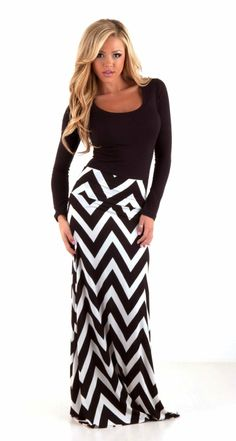 Black and White Chevron maxi skirt.Classic Black and White Chevron maxi skirt. Trendy Outfits, Cute Outfits, Fashion Outfits, Womens Fashion, Trendy Clothing, Modest Clothing, Look Fashion, Fashion Beauty, Fall Fashion