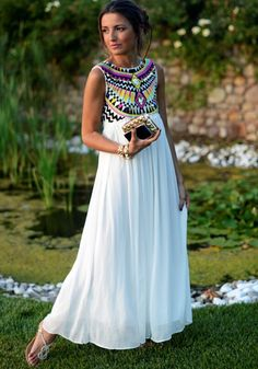 White Print Embroidery Pleated Round Neck Sleeveless Aztec Style Chiffon Dress