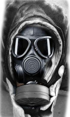 rg4life Gas Mask Drawing, Gas Mask Art, Masks Art, Badass Tattoos, Body Art Tattoos, Sleeve Tattoos, Cool Tattoos, Tattoo Mascara, Ozzy Tattoo