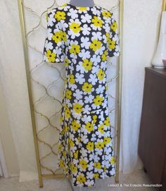 Vintage 1960s Flower Power Dress Unused Black White Yellow Day Dress Large #Handmade