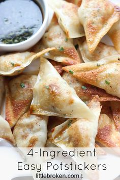 "potstickers that are juicy, tender, and delicious for dinner or appetizer.-Pan fried so they will hold up as appetizers. Thinking these will be good to add to ""to go"" dinners, too. Fingers Food, Good Food, Yummy Food, Cookies Et Biscuits, 4 Ingredients, Asian Recipes, Salmon Recipes, Easy Recipes, Appetizer Recipes"