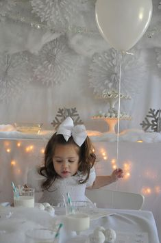 white winter party...I love the idea of everything white and silver. I don't think a small child would like it my h though. But a sweet 16 or something this could be a beautiful more grown up theme- just get the lovely birthday girl a gorgeous silver dress and that's half the battle.
