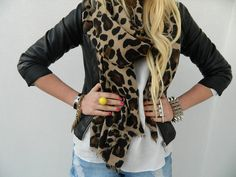 leather jacket + cheetah print scarf = part of the most amazing outfit <3