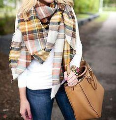 .Fall scarf casual outfit idea