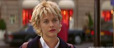 Meg Ryan, actress, in movie French Kiss (romantic comedy . Meg Ryan Haircuts, Meg Ryan Hairstyles, Hairstyles Haircuts, Cool Hairstyles, Meg Ryan Movies, Meg Movie, French Kiss Movie, Meg Ryan Short Hair, Kate French