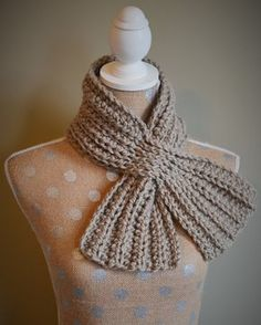 Crochet Scarf Easy, Crochet Shawls And Wraps, Knit Or Crochet, Crochet Scarves, Crochet Clothes, Free Crochet, Crochet Hats, Kids Crochet, Knitting Patterns