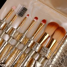 Makeup Brush Set With Gold Leather Pouch 7pcs #makeup #brush www.loveitsomuch.com