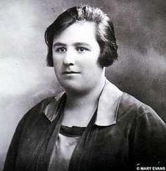 HELEN DUNCAN  (1897-1956)  O GRANDE MÉDIUM ESCOCESA  CONDENADA POR BRUXARIA