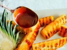 Peggyn pieni punainen keittiö: Karamellisoitu ananas karemellikastikkeella Carrots, Sausage, Meat, Vegetables, Food, Pineapple, Carrot, Meal, Sausages