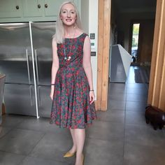 Sew Over It Betty Dress Sew Over It Patterns, Sewing Projects, Summer Dresses, How To Make, Wedding, Instagram, Fashion, Valentines Day Weddings, Moda