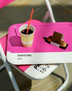 Pantone has opened a temporary pop-up cafe on Grimaldi Forum in Monaco. The Monaco Restaurant Group is behind the colorful cafe that serves color-coded coffee, croissants, Italian sodas, sandwiches…