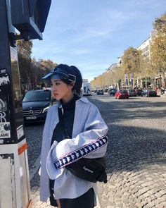 Tourist Dara in Paris 2ne1 Dara, Sandara Park, Korean Artist, Kpop, Yg Entertainment, Beautiful Soul, Asian Fashion, Girl Crushes, Korean Girl