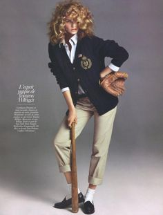 Vogue Paris August 2009 Tommy Hilfiger I love this because normally preppy styles never feature curly hair. Preppy Girl, Preppy Look, Preppy Style, Preppy Casual, Casual Chic, Adrette Outfits, Preppy Outfits, Trendy Fashion, Vintage Fashion