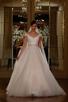 bridals by lori - LEGENDS Romona Keveza 0120256, In store (http://shop.bridalsbylori.com/legends-romona-keveza-0120256/)