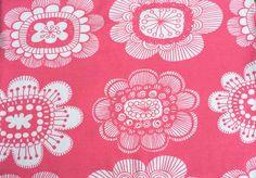 Paratiisin puutarha (Pinkki trikoo) Verson Puoti. Tää vaan on niin ihanaa