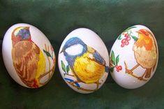 Готовимся к Пасхе: 3 салфетки, яйца и крахмал помогут сотворить настоящее чудо. Eggs, Origami, Easter Activities, Egg, Origami Paper, Origami Art, Egg As Food