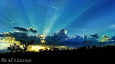 #colorful #colorsplash #nature #photography #blue #sunrays #sunset #pordosol #pds #brasil #100happydays #10likes #20likes #mt #matogrosso#entardecerestadao by rafsimoes