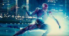 Flash se destaca em nova foto promocional de Liga da Justiça