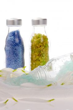 How to Make Bath Salts. a Quick Recipe and Easy Gift   HubPages