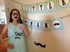 Free Mustache Baby Shower Party Printables #freeprintables