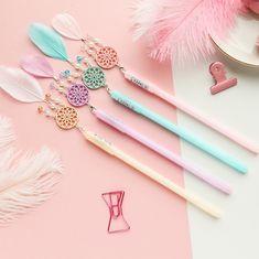 Stationery Pens, Kawaii Stationery, Cute School Stationary, Cool School Supplies, Office Supplies, Kawaii Pens, Feather Dream Catcher, Cute Pens, Gel Ink Pens