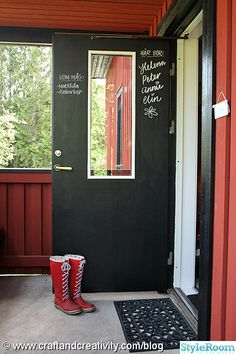 entre,dörr,svart,kritvägg,svartatavelfärg,ytterdörr