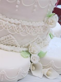 """White Almond Sour Cream Wedding Cake DOCTORED CAKE MIXES (2) MAKES A 14"""". 10"""" 6"""" BY 3"""" deep and a regular 9""""."""