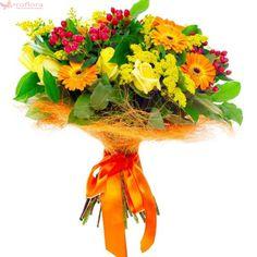 Garden Club Bouquet - Buchet din trandafiri, gerbera si hypericum Garden Club, Grapevine Wreath, Grape Vines, Bouquet, Wreaths, Door Wreaths, Vineyard Vines, Bouquet Of Flowers, Bouquets