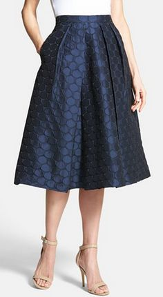 Beautifully textured midi skirt.