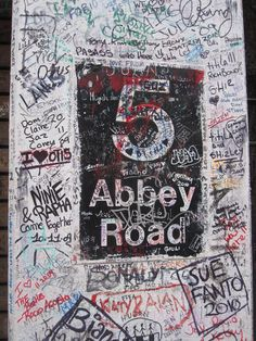 I signed this!! Abbey Road, London  (LW35-3)