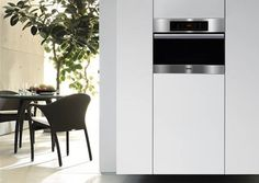 Miele introduces its new Combi-Steam oven, which harnesses the benefits of steam and convection technology into one appliance. The unit's co...