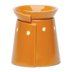 I have this warmer in my bedroom, LOVE the rich golden yellow!