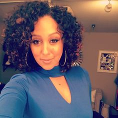 Curls out today on the @therealdaytime by tameramowrytwo