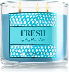 Fresh - Spring Blue Skies 3-Wick Candle - Home Fragrance 1037181 - Bath & Body Works