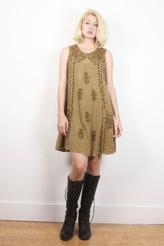 Vintage 1990s Dress Boho Brown Tan Green Embroidered Floral Print Sundress 90s Soutache Soft Grunge Dress Boho Hippie M Medium L Extra Large #1990s #90s #etsy #vintage #dress #mini #dress #sundress #embroidered #boho #bohemian #hippie #soft #grunge #softgrunge