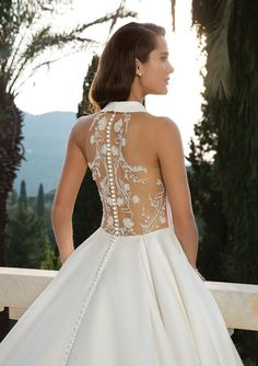 Justin Alexander - Style Halter Neckline Satin Ball Gown with Beaded Back Detail Elegant Wedding Dress, Cheap Wedding Dress, Dream Wedding Dresses, Designer Wedding Dresses, Bridal Dresses, Wedding Gowns, Corsage, Justin Alexander, Red And White Weddings