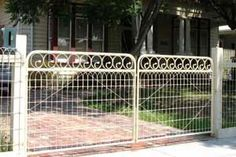 solar gates and fencing | Picket Fence Automatic Gates