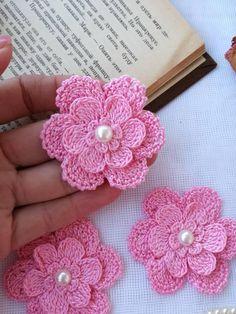 Watch The Video Splendid Crochet a Puff Flower Ideas. Wonderful Crochet a Puff Flower Ideas. Crochet Puff Flower, Crochet Flower Patterns, Crochet Motif, Crochet Designs, Crochet Doilies, Crochet Flowers, Fabric Flowers, Rose Patterns, Unique Crochet