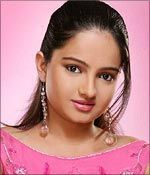 Giaa Manek, Gopi bahu of hit Star Plus TV serial Saath Nibhana Saathiya, was given marching orders by the channel for allegedly breaking the terms of her contract and signing on for dance reality show Jhalak Dikhhla Jaa on Colors.