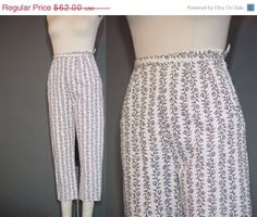 ON SALE Vintage 50s 60s Capris Cigarette Pants by mustangannees, $49.60