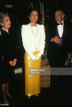 NEW YORK, NY - CIRCA 1989: Jacqueline Kennedy Onassis circa 1989 in New York City. (Photo by Robin Platzer/Images/Getty Images)