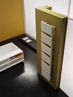 ceramic - http://www.mobilehomerepairtips.com/roomspaceheaters.php