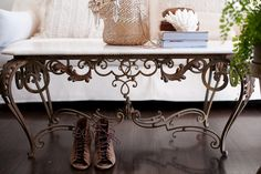The Style Salon-LOVE that table!