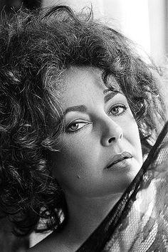 Elizabeth by Tony Korody 1976 | Flickr - Photo Sharing!