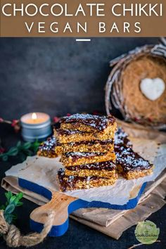 Vegan Peanut Butter Chocolate Oatmeal protein Bars or peanut chikki is the perfect no-bake, dessert snack that's nutritious and delicious. #peanutbutter #bars #oats #ocook #nobake #chocolate #chikki #peanuts #vegan #dairyfree #foodprocessor #dessert #healthy #snack #workout #nutritious