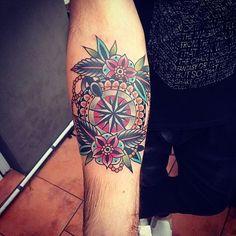 "658 tykkäystä, 1 kommenttia - Black Garden Tattoo (@blackgardentattoo) Instagramissa: ""@kirk_jones our Guest Artist in April -- #tattoo #tattoos #london #uk #blackgardentattoo…"""