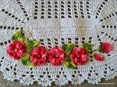 Tapete oval em crochê com aplicação de flores – Passo a passo (3ª Parte) | Croche.com.br
